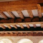 antiquehandhewnbeams (3)