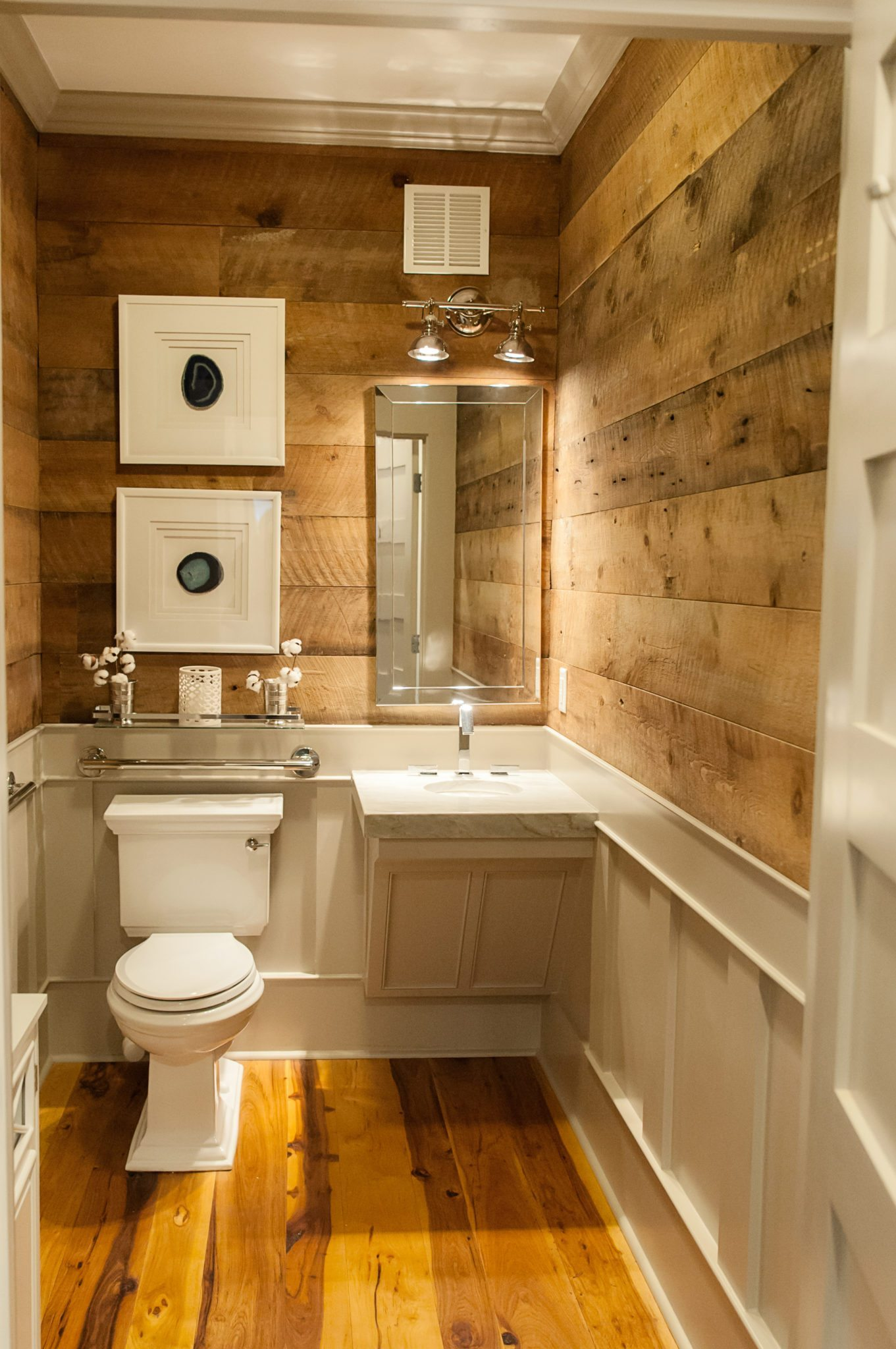 brown-barnboard-mixed-softwoods