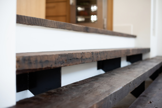 reclaimed-antique-heart-pine-stair-treads
