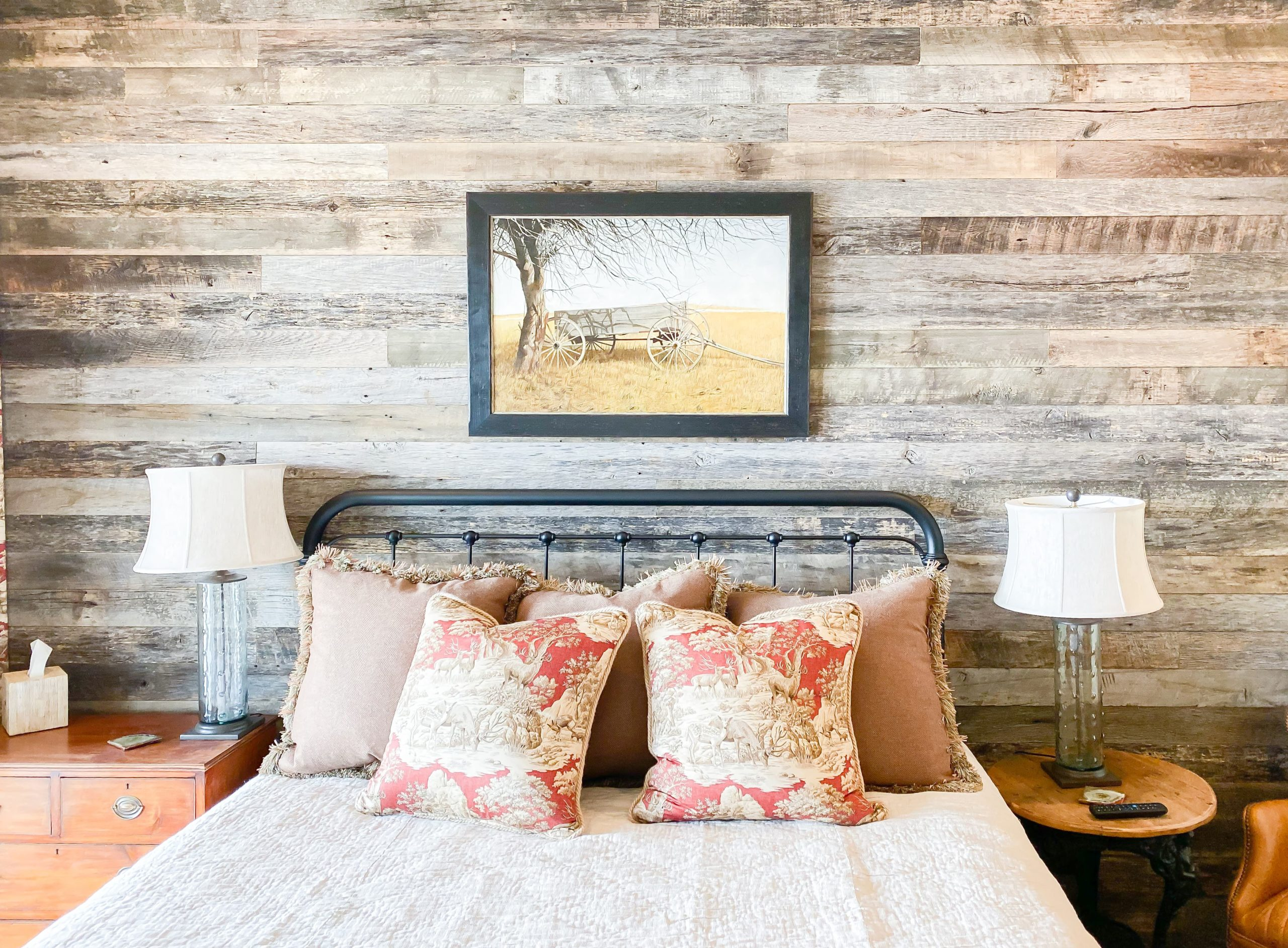 Weathered Grey Barnsiding Wall Planking - Unfinished with light sanding